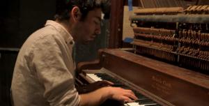 Leif_piano