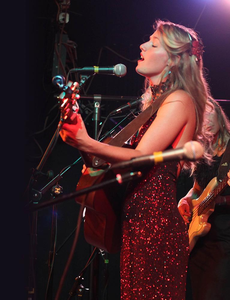 Gabrielle-Louise_Singing