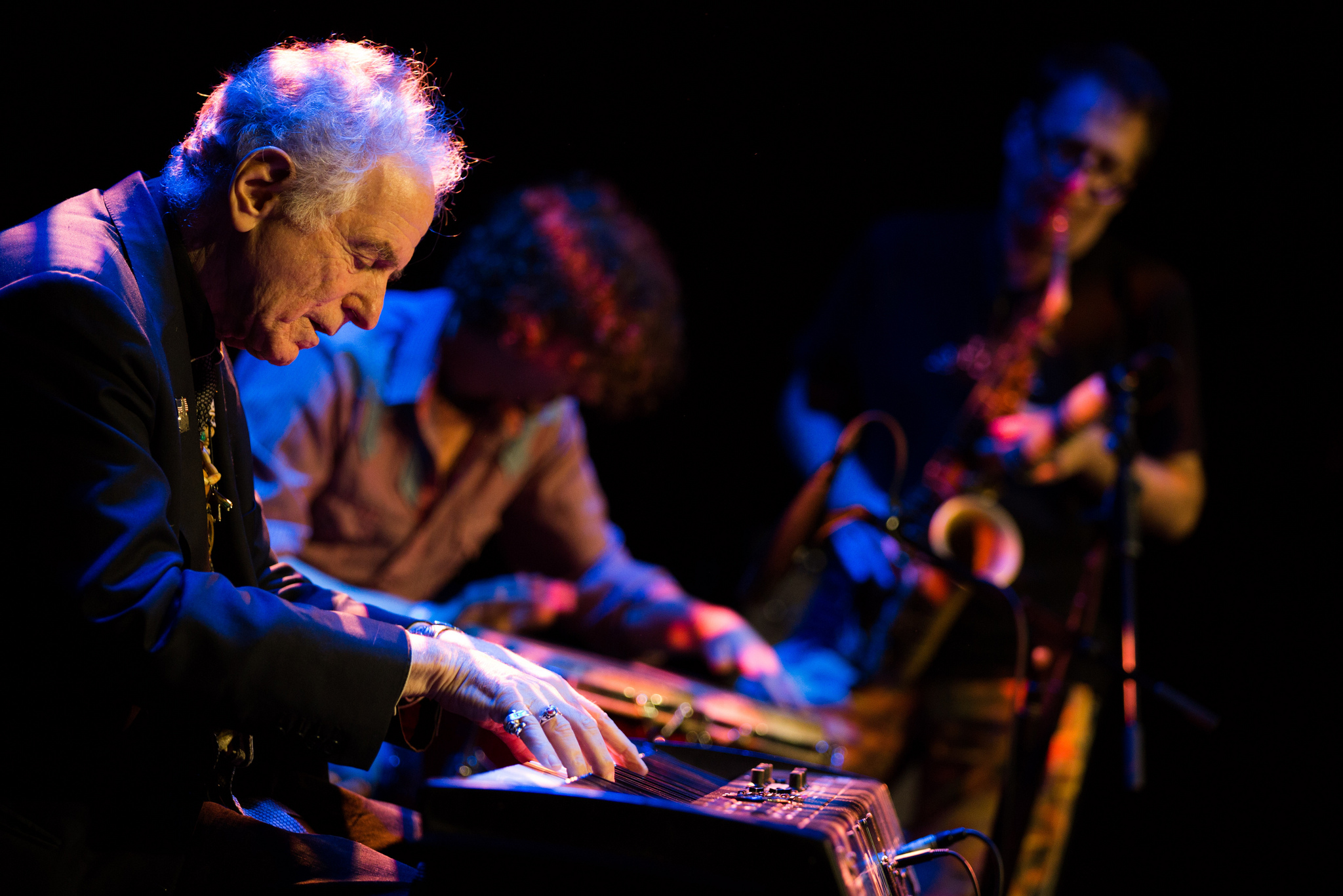DAVIDAMRAM-Jazz,folkandworldmusiclegend